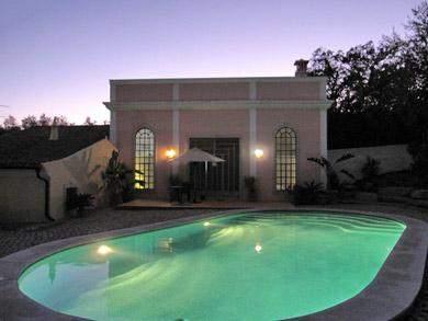 beleuchtung am pool. Black Bedroom Furniture Sets. Home Design Ideas