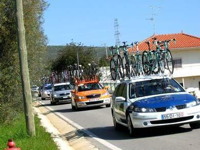 begleitfahrzeuge radrennen